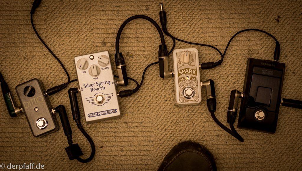 Zubehör: Effekte, Looper und Stimmgerät für Gitarre